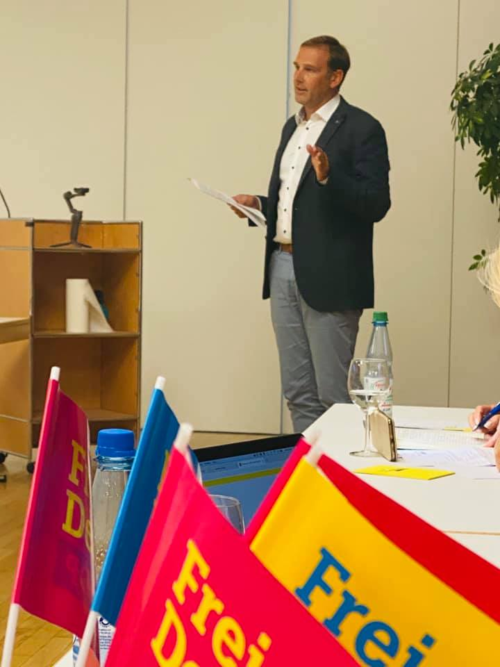 Foto Nominierung Bürgermeisterkandidat Friedrichsdorf